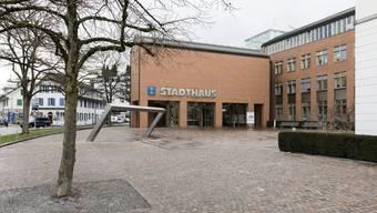 Bietet zu wenig Platz: das Stadthaus Dietikon. (Archivbild)