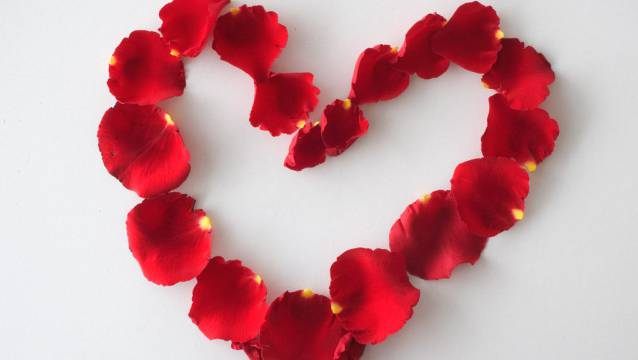 Am Freitag ist wieder Valentinstag. (Symbolbild)