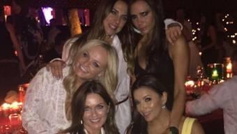 Da kriegt man feuchte Augen: Spice Girls reunited (Twitter)