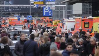 Reizgas-Angriff auf Hamburger Flughafen