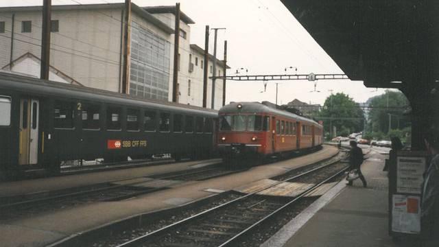Teil 4: Tram- und Zugverkehr durch Zentrum Wipkingen