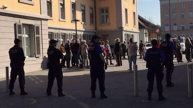Polizeiaufgebot bei Gerichtsverhandlung