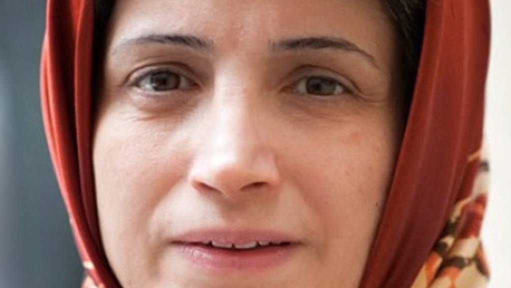 Die iranische Menschenrechtsaktivistin Nasrin Sotudeh wollte mit ihrem Hungerstreik gegen die Haftbedingungen der politischen Gefangenen während der Corona-Pandemie protestieren.