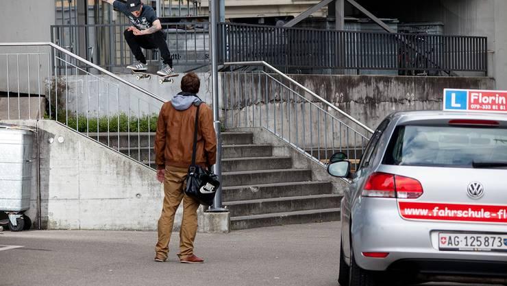 Den Badener Skater kann man ab und zu auch in der Stadt beobachten