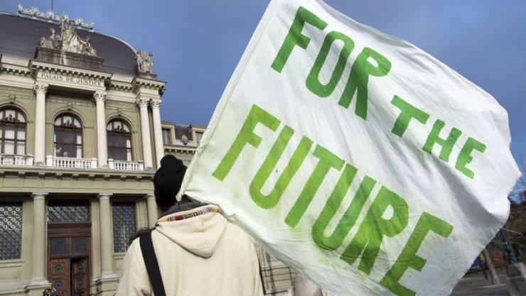 Umwelt und Klima sind nicht erst jetzt ein Thema: Gemessen an Geld und Beschäftigten hat die Schweiz ihre Bemühungen zum Wohl der Umwelt in den letzten acht Jahren verdoppelt. Neueste Zahlen sehen allerdings nach Stagnation aus.