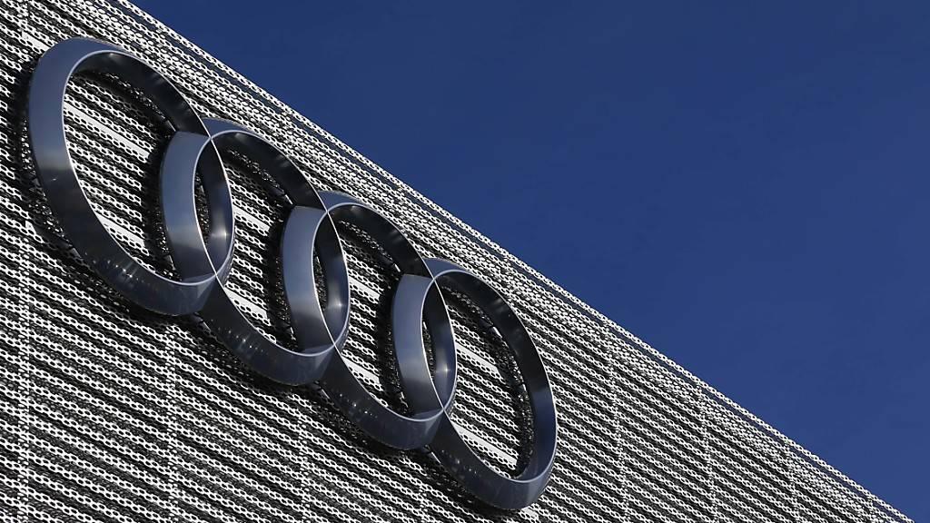 Der blaue Himmel täuscht: Audi verkauft im zweiten Quartal beinahe ein Viertel weniger Autos. (Archivbild)