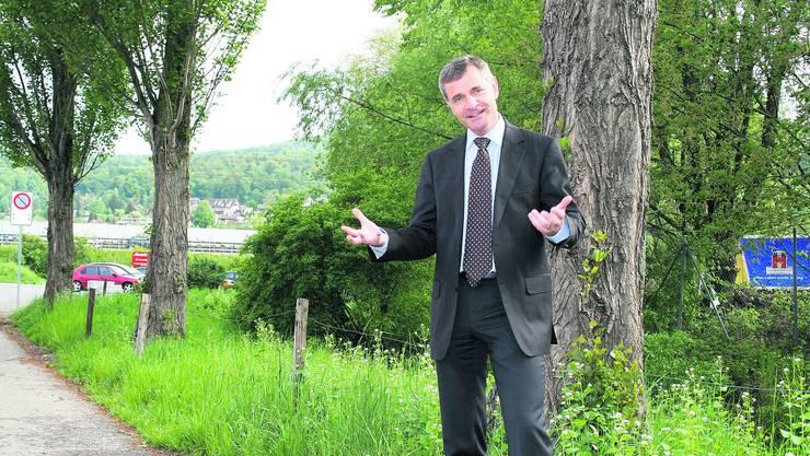 «Das Limmattal ist mehr als nur Autobahn und Industrie: Grüne Flecken finden sich überall.» Bruno Hofer, Initiant des «Limmi-Oskars», hofft auf viele Filme über das Limmattal. (Bild: Malini Gloor)