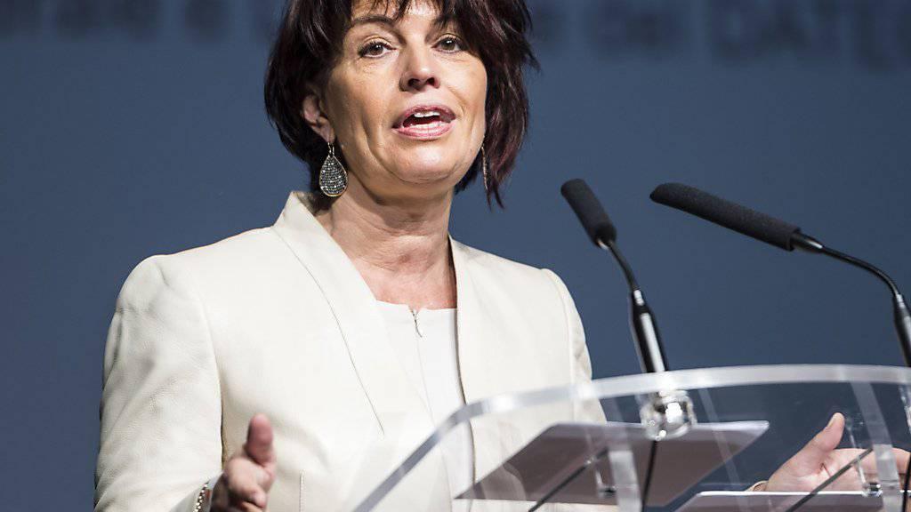 CVP-Bundesrätin Doris Leuthard erhielt von den Delegierten ihrer Partei Unterstützung für die zweite Gotthard-Röhre.