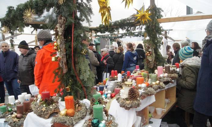Der Dietiker Weihnachtsmarkt erfüllt (fast) alle Wünsche.