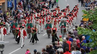 Für Aufsehen – neben der gespielten Musik – sorgt immer wieder die Harmonie Fulenbach mit ihrer Uniform. ae