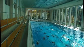 Die Stadt stellt die Videoüberwachung in ihren Sportanlagen vorläufig ein. Im Bild ist das Hallenbad City in Zürich zu sehen..