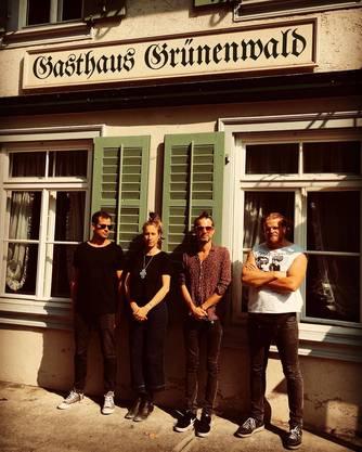 Ines Brodbeck setzt ihre Carte Blanche mit Eric Gut, Sandro Corbat und Frederyk Rotter um.