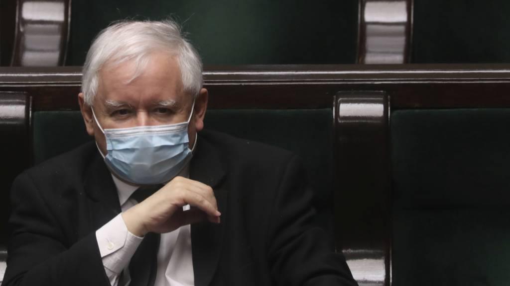 Parlament in Polen billigt Präsidentenwahl per Brief - Termin unklar