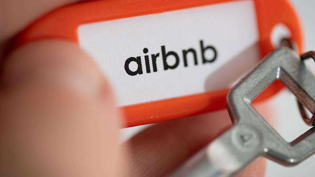 Der Luzerner Stadtrat hält an seinen Plänen fest, wie er die Ausbreitung von Airbnb- und anderen Angeboten eindämmen will. (Symbolbild)
