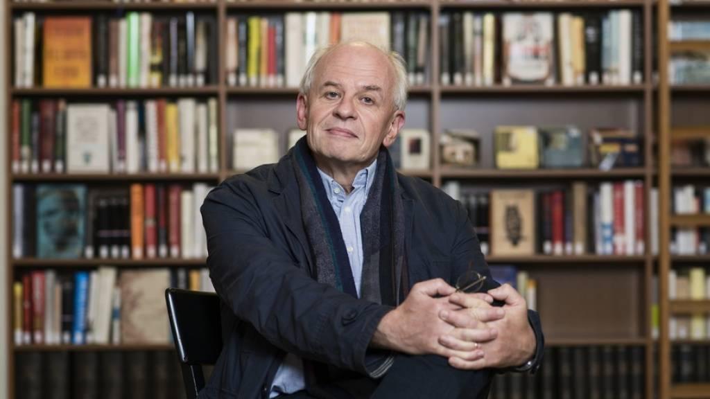Der Schweizer Autor Ralph Dutli hat mit «Das Gold der Träume» seinen dritten Teil kleiner Kulturgeschichten vorgelegt - eine Lektürefreude mit kleinen Einschränkungen. Dutli beleuchtet die Ambivalenz von Gold als Symbol für Glanz und Gier über mehrere Jahrtausende. (Archivbild)