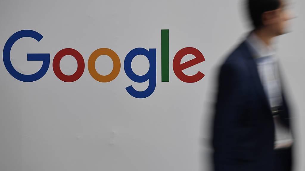 Google muss in Frankreich 220 Millionen Euro Bussgeld bezahlen, weil das Unternehmen seine marktbeherrschende Stellung missbraucht hat. (Symbolbild)