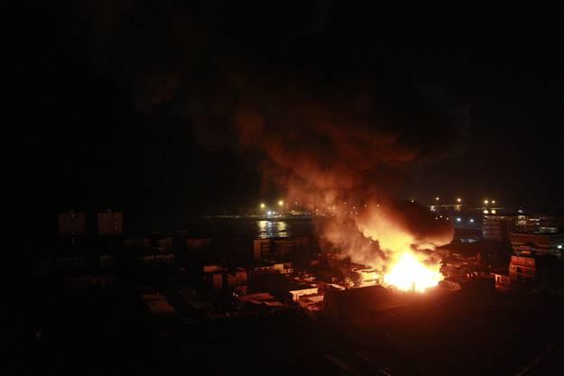 Ein Restaurant in der Stadt Iquique ging in Flammen auf.
