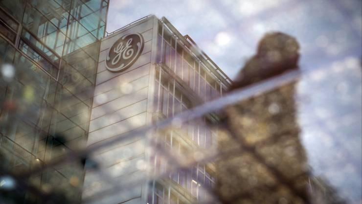 Das Alstom- respektive GE-Gebäude in Baden: Nach dem Logo-Wechsel kam der Kahlschlag.