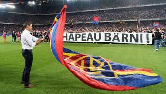 Die FCB-Fans verabschieden ihren Klub-Präsidenten Bernhard Heusler.