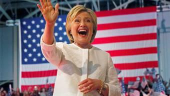 Auf ihrem Parteitag wählten die Demokraten Hillary Clinton offiziell zu ihrer Präsidentschaftskandidatin. Shannon Stapleton/Reuters