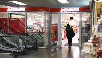Bereits per Ende Januar stellt der Denner im Neumarkt die 10-Prozent-Aktion für Studenten ein. Die Migros folgt per 31. August.