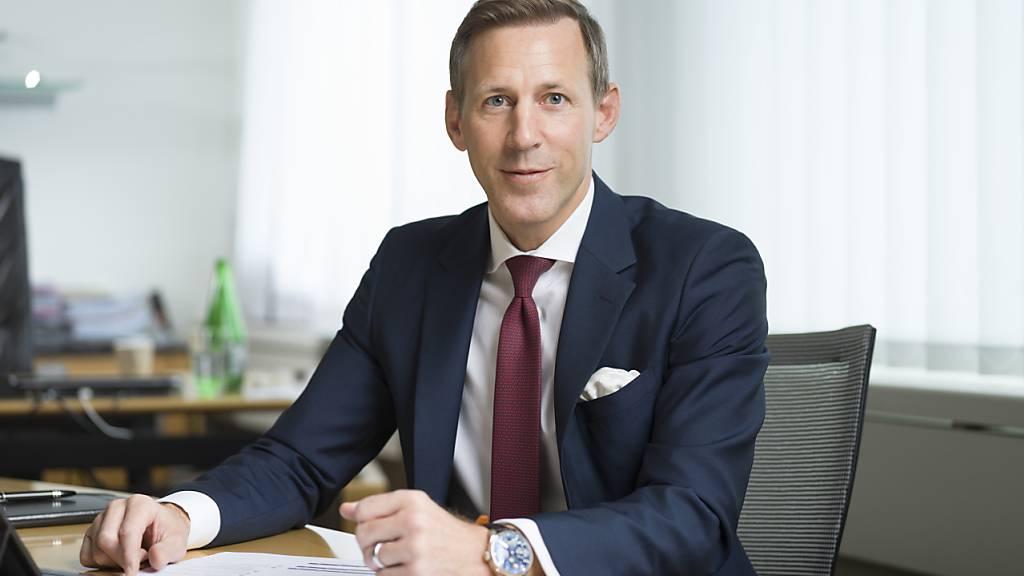 Der Chef des Flughafenabfertigungskonzern Swissport, Eric Born, erhält keine Hilfsgelder für sein Unternehmen aus China oder aus der Schweiz - die Lösung müsse vom Kapitalmarkt kommen, sagte er. (Archivbild)