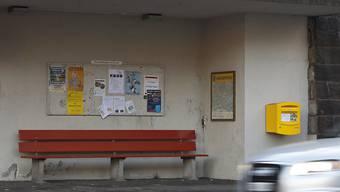 Reisende schätzen saubere Wartehäuschen oder Abfalleimer. Das Bundesamt für Verkehr misst die Qualität des öffentlichen  Regionalverkehrs. (Archivbild)