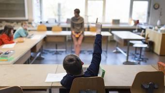57 Schlieremer Kinder werden in Privatschulen unterrichtet. Dies sei ein kleiner Anteil, wie Schulvorsteherin Beatrice Krebs in der Fragestunde sagte.