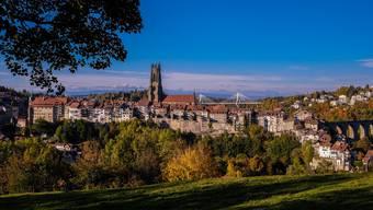 Pittoresk ist die Stadt Fribourg. Und hinter jeder Ecke verstecken sich Geschichte und Sagen.
