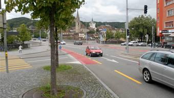 Der Autolenker, der 2015 in Baden ein Rotlicht überfuhr und dabei einen Motorradfahrer in den Tod riss, muss fünfeinhalb Jahre ins Gefängnis.