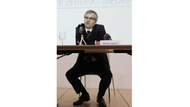 Vorderhand: Markus Somm bleibt in Basel. Foto: Keystone