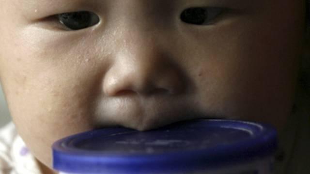 China wird erneut von einem Babynahrungsskandal erschüttert (Symbolbild)