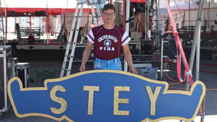 Martin Stey (43) führt den Zirkus in fünfter Generation.