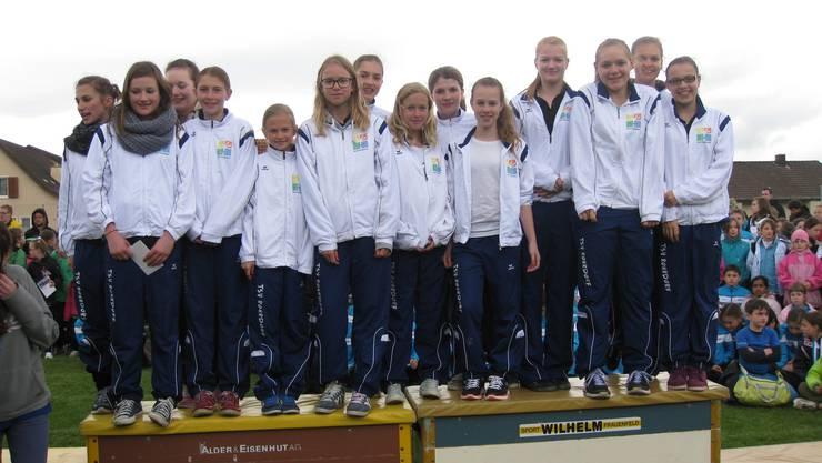 1. Rang der Teen's Gym Gruppe vom TSV Rohrdorf im dreiteiligen Wettkampf