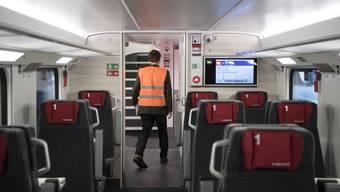 Die SBB lässt Züge mit kaputten Toiletten oder Türen trotzdem weiterfahren.