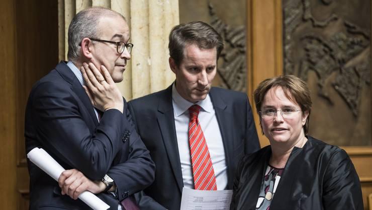 Die SVP um Magdalena Martullo-Blocher (rechts) und Fraktionspräsident Thomas Aeschi (Mitte) spielt am Mittwoch eine entscheidende Rolle. Sie könnte das Paket zum Kippen bringen.