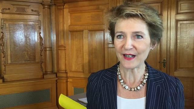 Frau Sommaruga, warum bringt die Initiative keine Selbstbestimmung für die Schweiz?