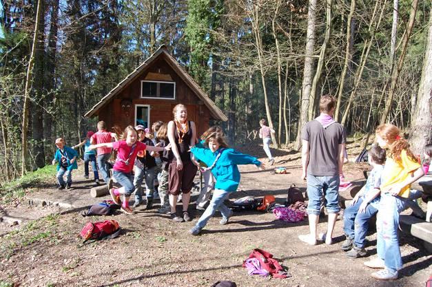 Spiel und Spass im Wald beim Häxehüsli Oberkulm