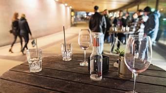 Nicht alle alkoholisierten Partygänger in Badens Zentrum verhalten sich anständig.