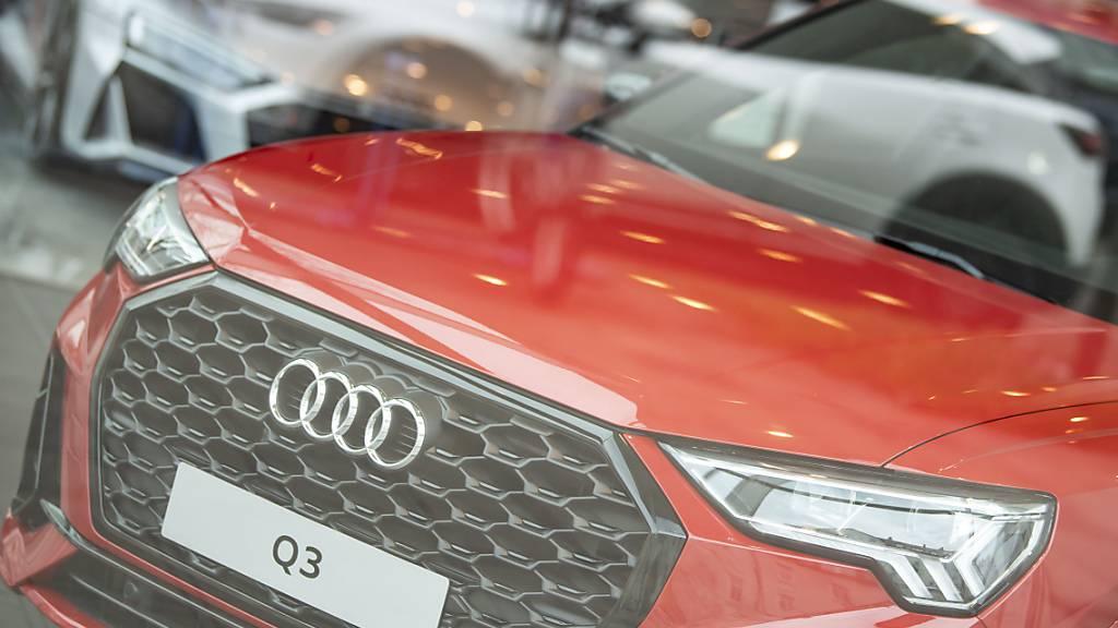 Die Autobauer BMW und Audi haben Umsatz und Gewinn im ersten Quartal kräftig gesteigert, bleiben aber wegen Corona und Lieferengpässen für das Gesamtjahr vorsichtig. (Archivbild)