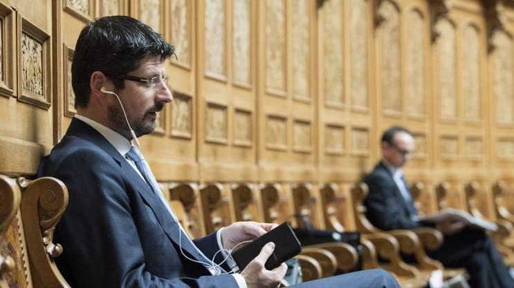 Der mit Stalking-Vorwürfen konfrontierte Walliser CVP-Nationalrat Yannick Buttet ist nun auch von seinem Amt als Vizepräsident der Schweizerischen Offiziersgesellschaft (SOG) zurückgetreten. (Archivbild)