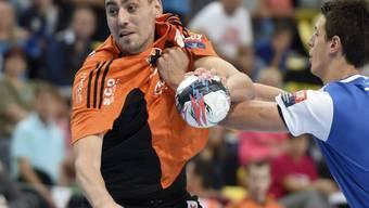 Matchwinner für die Kadetten: Aleksandar Stojanovic (links)