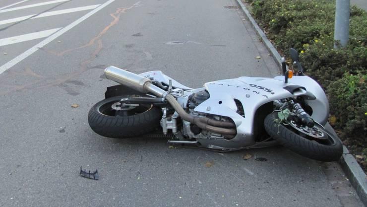 Die Autolenkerin übersah den Motorradfahrer. (Symbolbild).
