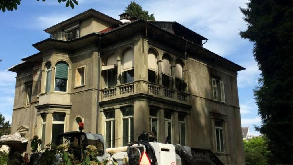 Bei ehemaliger Bodum-Villa droht Dach einzustürzen