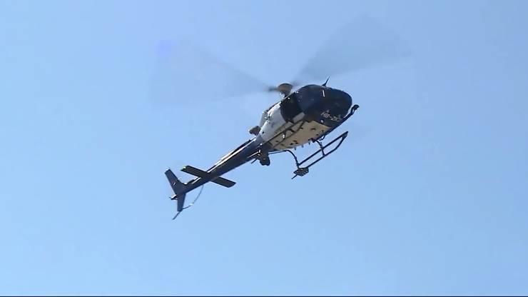Bei der Entschärfung musste ein Helikopter helfen.