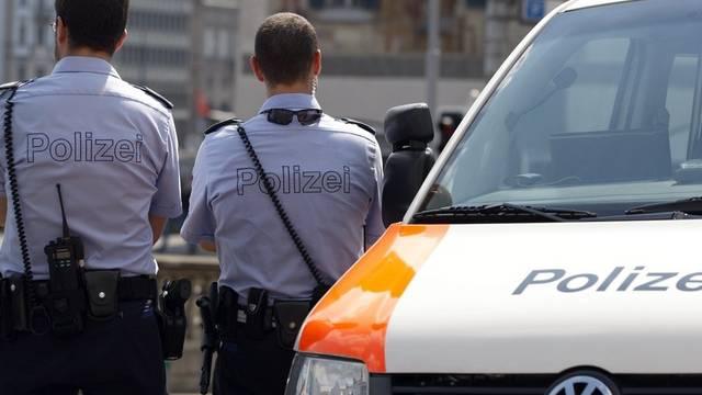 Stadtzürcher Polizisten im Einsatz: eine Twitter-Kampagne gewährt Einblick in die Arbeit (Symbolbild)