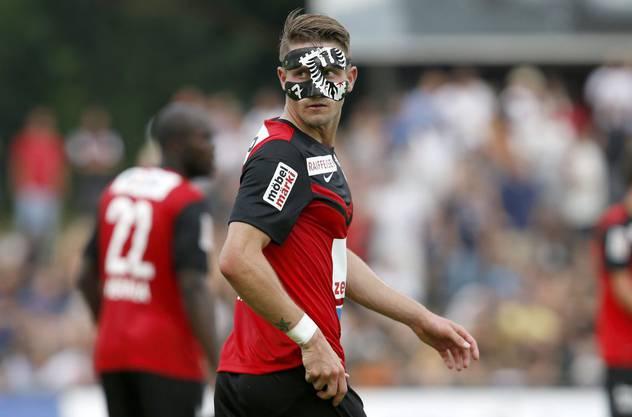 Nach einem Nasenbeinbruch lief Stephan Andrist 2014 mit einer Maske im FCA-Design auf.