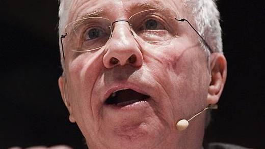 Blocher hält Gegenvorschlag der Mitteparteien zur Abzocker-Initiative für sinnlos (Archiv)