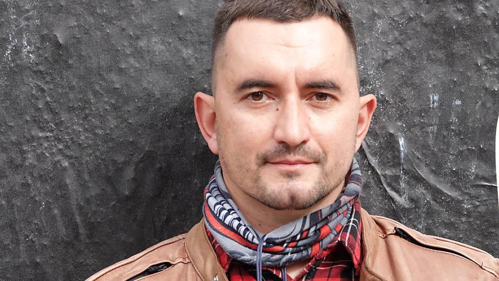 Schock über Suizidversuch von Gefangenem in Gerichtssaal in Belarus