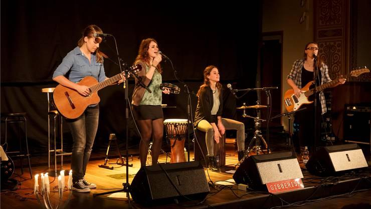 Die Frauenband «Gibberish» hatte in Biberist ein Heimspiel und riss das Publikum förmlich mit.